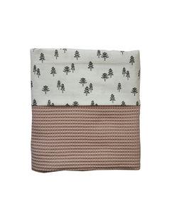 Ledikant deken wafelstof poeder roze boompjes