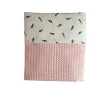 Ledikant deken wafelstof poeder roze veren