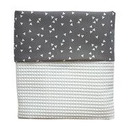 Ledikant deken wafekstof wit grijze triangle